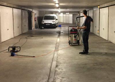 Balayage nettoyage de parking - Entretien immeuble régie - syndic ACNET entreprise de nettoyage Meyzieu - Pusignan Prestation rhone, ain, isère en rhone-alpes