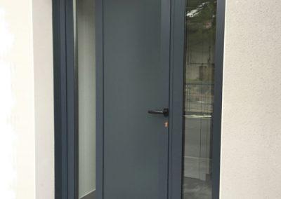 Lavage-de-vitre-laveur-vitrerie-ACNET-Entreprise-de-nettoyage-immeuble-meyzieu-pusignan-rhone-ain-isere-rhone-alpes