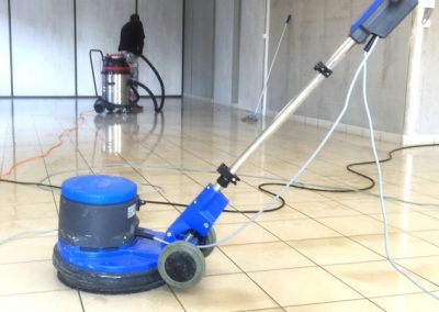 nettoyage monobrosse ACNET nettoyage spécifique Entreprise de nettoyage Meyzieu Pusignan Nettoyage rhone ain isère en rhone-alpes