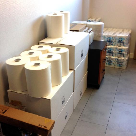 produit équipement hygiène ACNET entreprise nettoyage Meyzieu Pusignan Nettoyage rhone ain isère en rhone-alpes