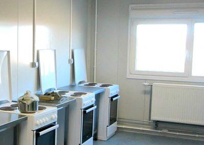 Cuisine-Nettoyage-de-bungalow-BASE-VIE-CHANTIER-pour-le-BTP-Rhône-69-Ain-01-Isère-38-Rhône-Alpes-ACNET-à-Meyzieu-Pusignan-3