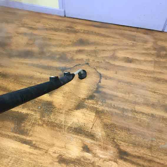 nettoyeur vapeur professionnel - désincrustation de sol lino au nettoyeur vapeur sèche dans un bureau - acnet