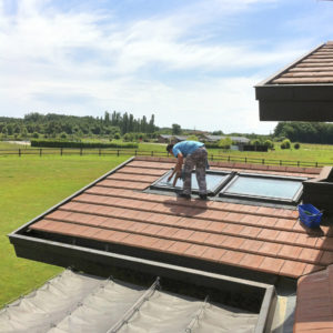 Lavage de vitre, Laveur de vitres professionnel - ACNET Le Multiservice - Devis lavage vitrerie