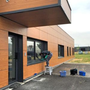 nettoyage lavage de vitres, Laveur de vitres professionnel - Devis nettoyage lavage de vitres - Entreprise de nettoyage ACNET