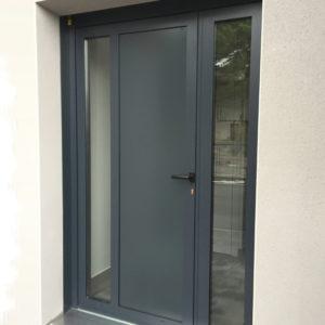 Lavage-de-vitres-lavage-nettoyage-porte-aluminium-ACNET-Entreprise-de-nettoyage-Laveur-de-vitres-meyzieu-pusignan-rhone-ain-isere-rhone-alpes