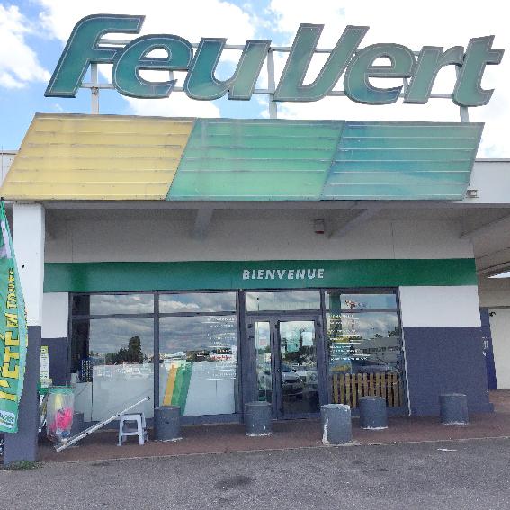 Feu Vert - Meyzieu - Entreprise de nettoyage - Nettoyage Lavage de vitres - ACNET Le Multiservice